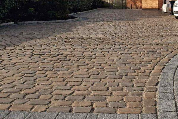 Tips: Cobblestone Driveway Installations