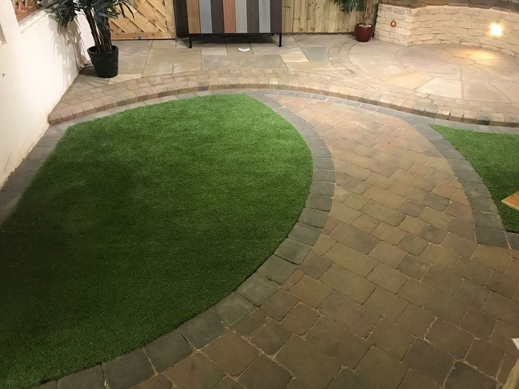 Patio Paving in Leighton Buzzard
