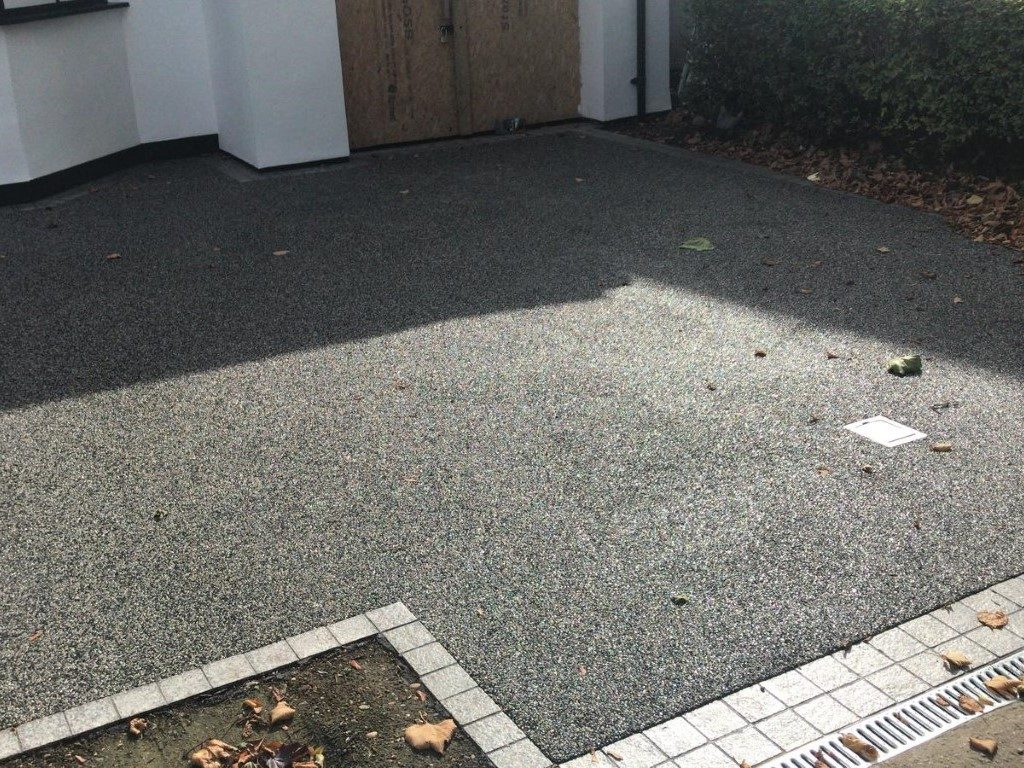 Resin Bond Driveway in Leighton Buzzard
